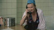 Вера Алентова в купальнике