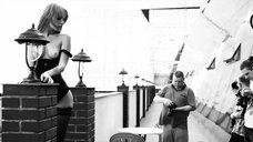 6. Сексуальная Анастасия Щеглова позирует в эротической фотосессии