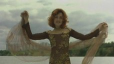 Соблазнительная Анжелика Варум в прозрачном платье