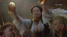 2. Большой бюст Анны Майхер – Огнем и мечом
