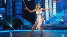3. Танец с соблазнительной Аленой Свиридовой