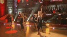 2. Танец горячей Алены Свиридовой