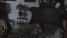 1. Сиськи Марии Жигановой просвечиваются через ночнушку – Военная разведка: Первый удар