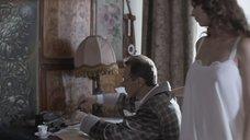 12. Сиськи Марии Жигановой просвечиваются через ночнушку – Военная разведка: Первый удар