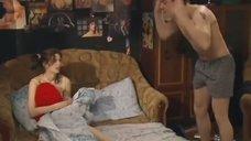 Елена Ташаева в постели