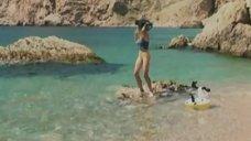 Юлия Михайлова в купальнике