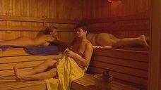 Обнаженная Оксана Полевикова в бане