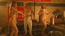 13. Эротическая сцена с Мариной Щербаковой и Изабеллой Романовой – Особенности банной политики, или Баня 2