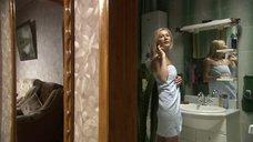 Секси Мария Кожевникова в полотенце