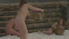 5. Полностью голая Екатерина Копанова в бане – Из пламя и света