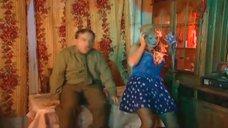 12. Сексуальные Светлана Письмиченко и Ирина Ракшина – Осторожно, Задов! или Похождения прапорщика