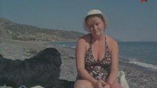 Наталья Гундарева в купальнике
