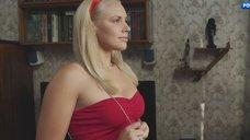 Секси Вера Баханкова в красном платье