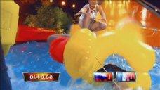 Ирина Слуцкая засветила трусики в шоу «Большие олимпийские гонки»