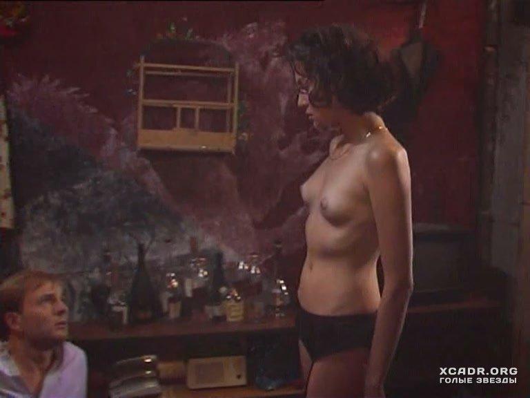 porno-film-russkiy-s-yanoy-pokazivaet-huy-prohozhim-porno-video
