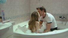 Совместная ванна с Дашей Чарушей