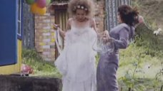 2. Полина Сыркина в белом белье – Дастиш фантастиш