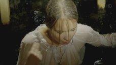 4. Мокрая грудь Полины Сыркиной – Однолюбы