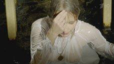 7. Мокрая грудь Полины Сыркиной – Однолюбы