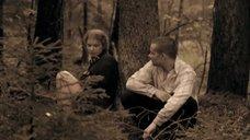 1. Полина Сыркина в трусиках в лесу – Без права на ошибку