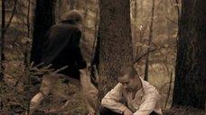 2. Полина Сыркина в трусиках в лесу – Без права на ошибку