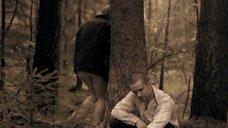 3. Полина Сыркина в трусиках в лесу – Без права на ошибку