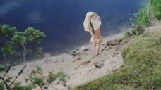 4. Обнаженная Полина Сыркина купается в озере – Кадет