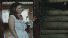 Ирина Метлицкая в сарафане без лифчика