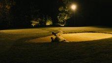 Секс с Кирстен Данст на поле для гольфа