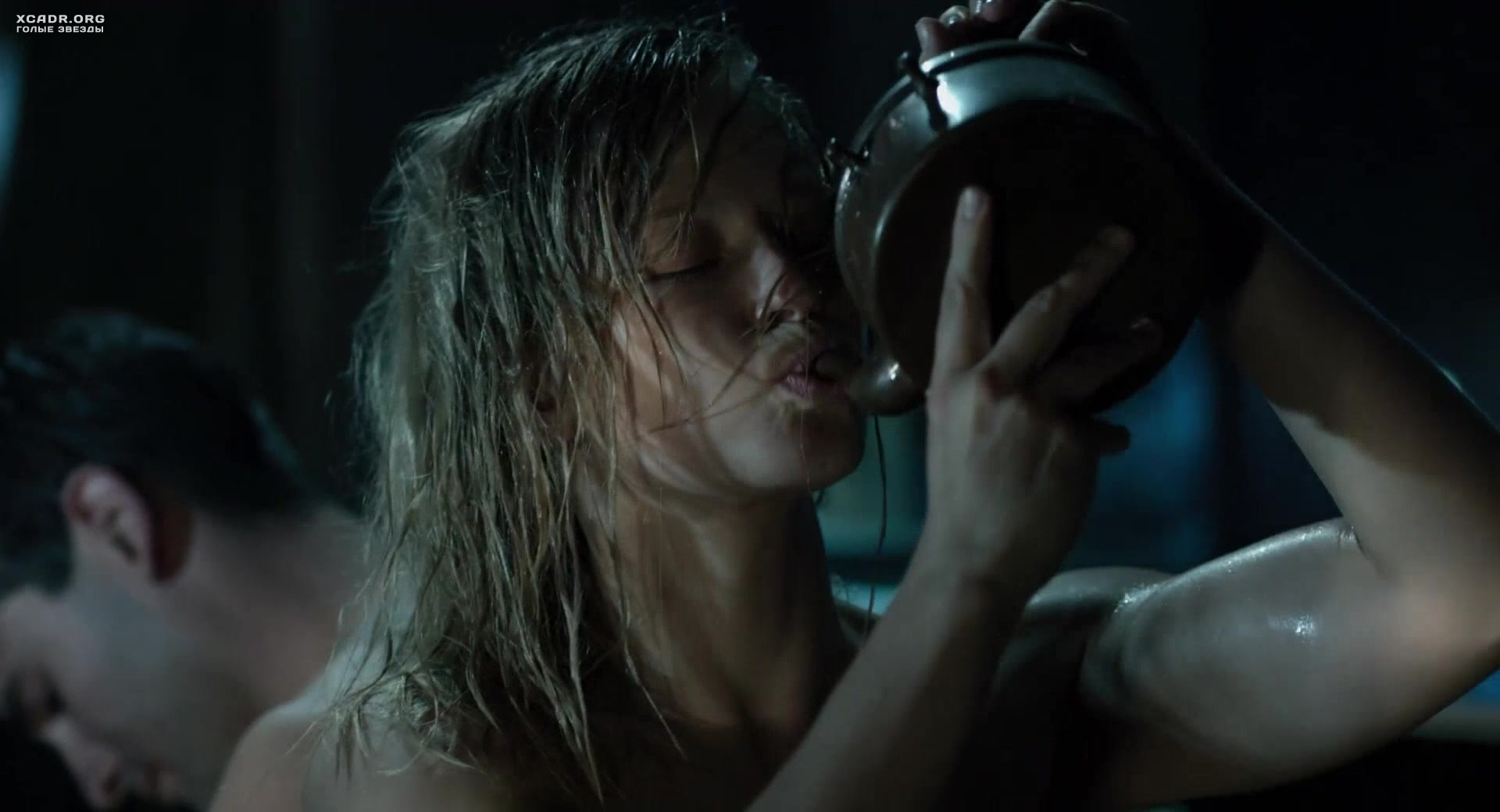 Фото голых сисек из фильмов