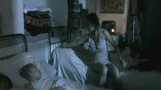 Анна Арланова в ночнушке