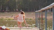 3. Секси Агния Дитковските в купальнике – Дело чести