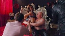 8. Юлия Латышева в нижнем белье для провокационной фотосессии – Дело чести
