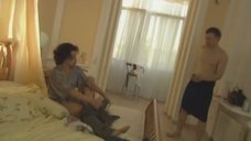 4. Полуголая Елена Полякова ревнует любовника к жене – Замыслил я побег...