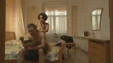 14. Елена Полякова без одежды – Замыслил я побег...