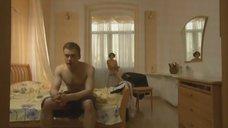 5. Елена Полякова без одежды – Замыслил я побег...