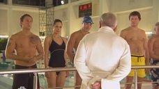 Мария Валешная в купальнике