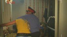 1. Евгения Крегжде и Анжелика Каширина в роли проституток – Даёшь молодёжь!