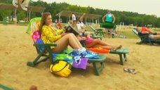 1. Анжелика Каширина и Евгения Крегжде отдыхают на пляже – Даёшь молодёжь!