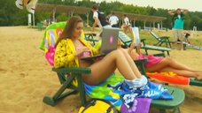 3. Анжелика Каширина и Евгения Крегжде отдыхают на пляже – Даёшь молодёжь!