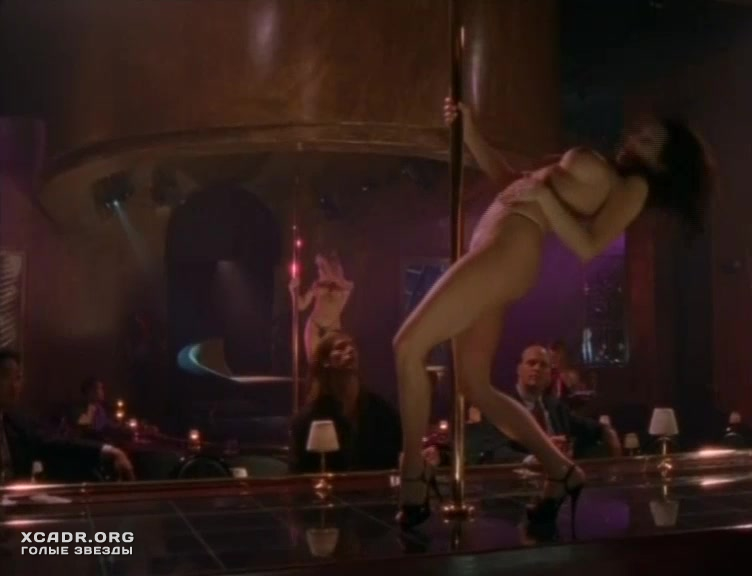 Тэйми Хэннам Учит Сьюзэн Фитерли Танцевать Стриптиз – Пробуждение Габриэллы (1999)