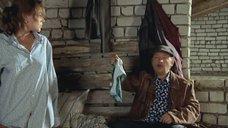 5. Екатерина Редникова в рубашке без белья – Стерва (2009)