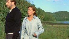 9. Екатерина Редникова в рубашке без белья – Стерва (2009)