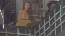Эвелина Бледанс в прозрачной одежде