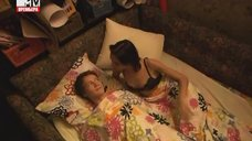 1. Интимная сцена с Дарьей Резниковой – Большие надежды (2011)