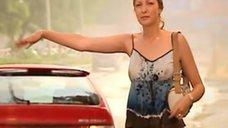 10. Мокрая грудь Наталии Рогозы – Исцеление любовью