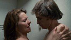 3. Секс с Элис Баррет в туалете – Удушье