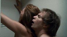 8. Секс с Элис Баррет в туалете – Удушье