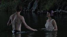 14. Мокрая секси Ханна Монсон – Сбой