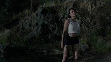 3. Мокрая секси Ханна Монсон – Сбой